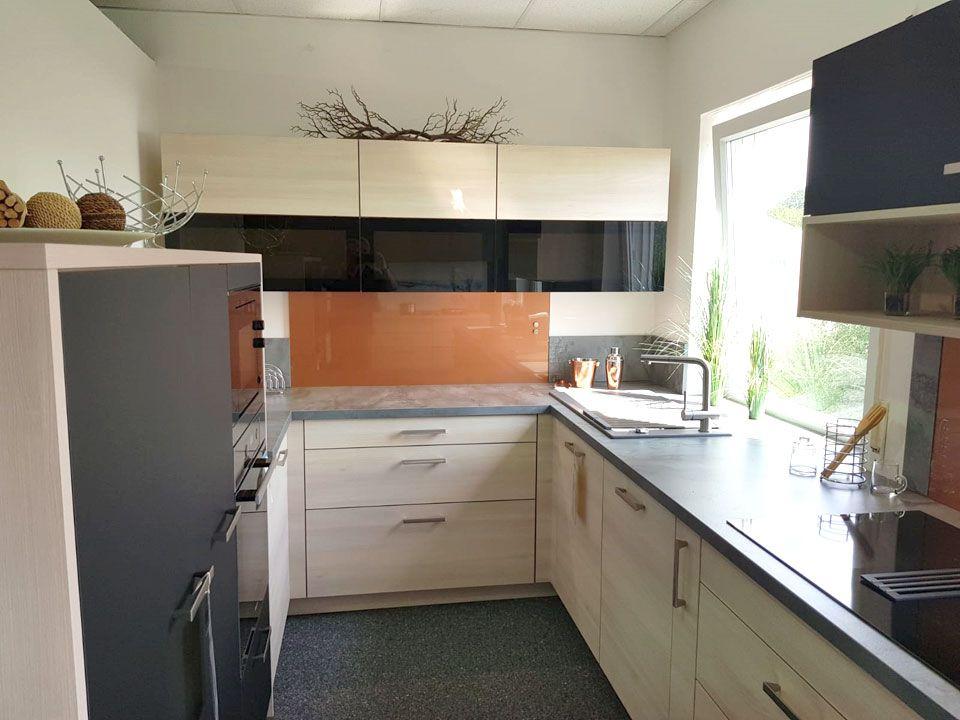 Küchenausstellung von KMS Küchen
